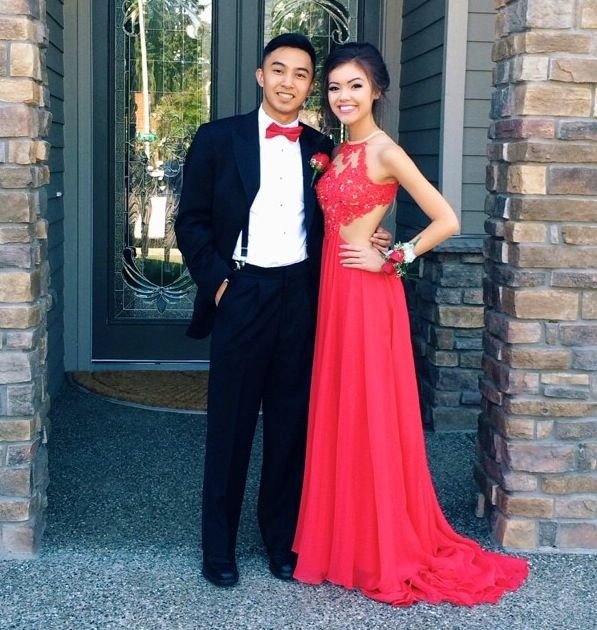 custom made a line round neck red lace prom dresses red