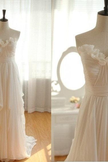 Strapless Sweetheart Ruched A-line Chiffon Wedding Dress, Beach and Vintage Wedding Gown